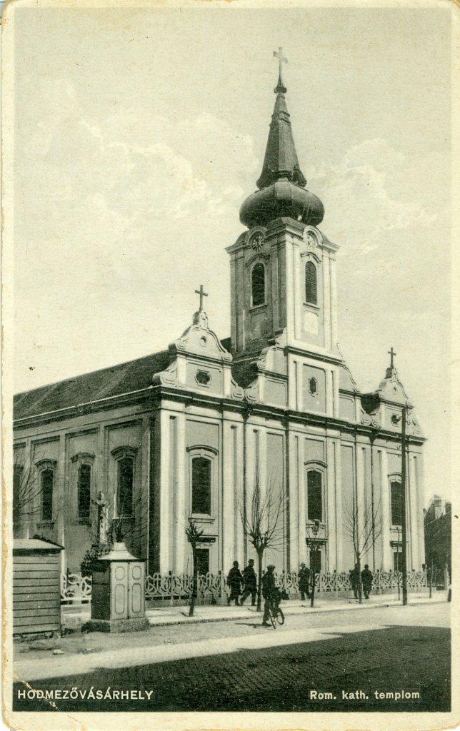 A Szentháromság templom látképe 1926-ban