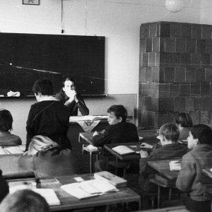 Iskolák, óvodák
